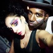 Gaga bids farewell to ARTPOP #1